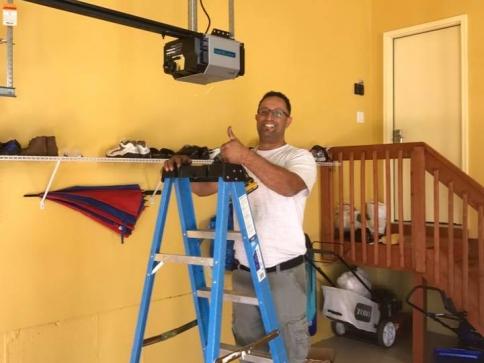 Repairing-garage-door-opener-philadelphia